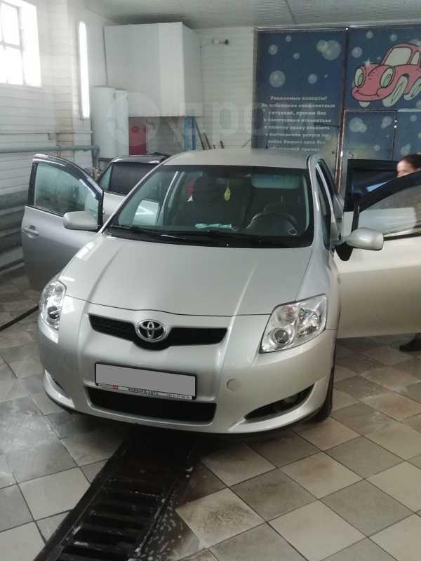 Toyota Auris, 2009 год, 440 000 руб.