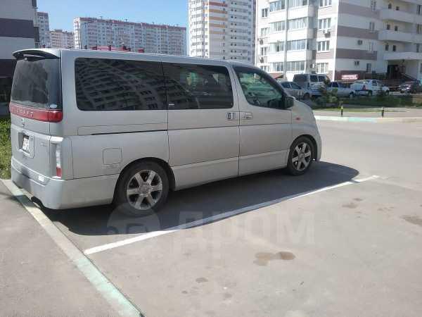 Nissan Elgrand, 2004 год, 480 000 руб.