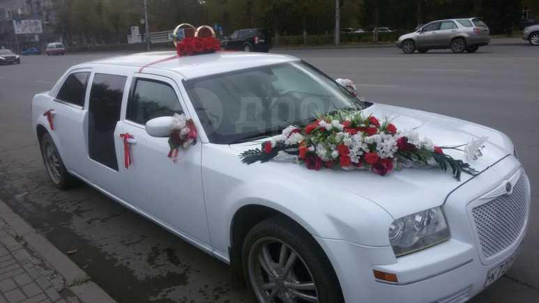 Chrysler 300C, 2005 год, 950 000 руб.