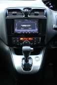 Nissan Serena, 2014 год, 1 060 000 руб.