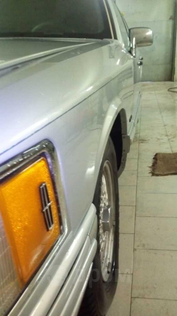 Lincoln Town Car, 1992 год, 300 000 руб.