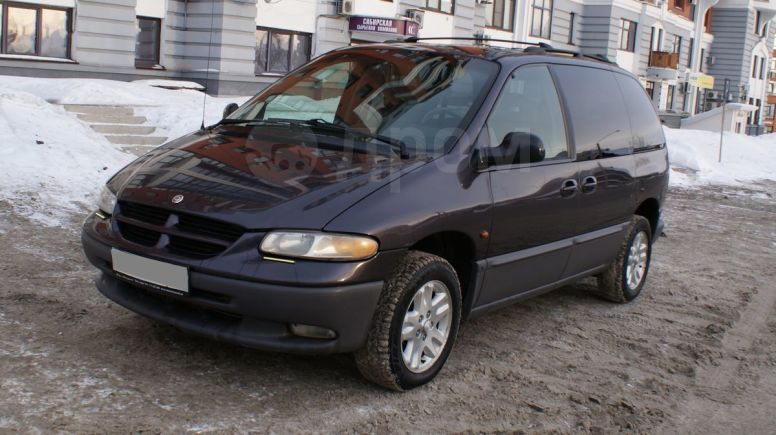 Plymouth Voyager, 2000 год, 299 000 руб.