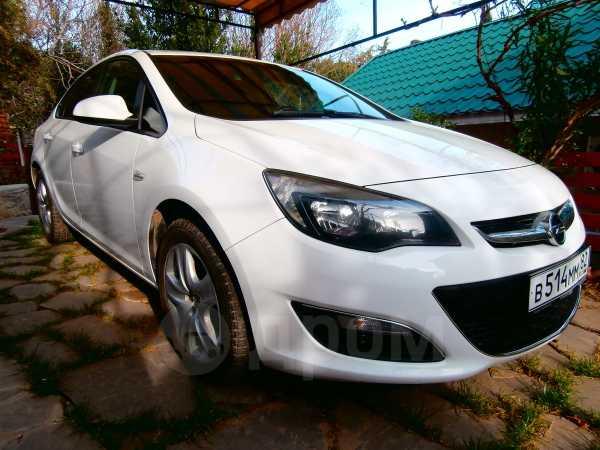 Opel Astra, 2013 год, 559 000 руб.