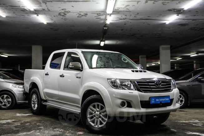 Toyota Hilux Pick Up, 2014 год, 1 549 000 руб.