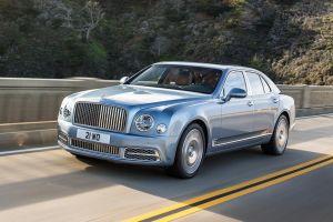 В России отзывают Bentley — из-за проблем с рулевым управлением и ремнями безопасности