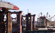 До места соединения с российской стороной моста им осталось менее 200 метров.