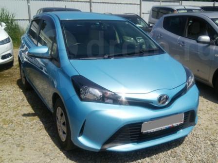 Toyota Vitz 2014 - отзыв владельца