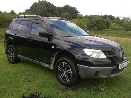 Mitsubishi Outlander 2008 - отзыв владельца