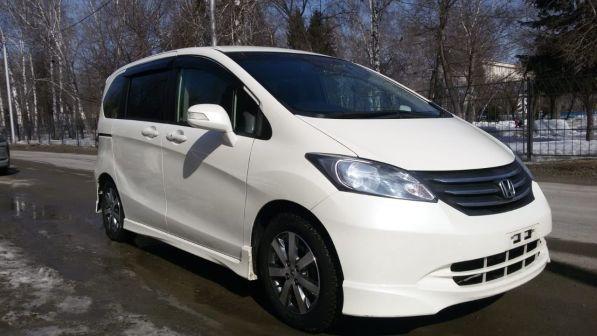 Honda Freed 2011 - отзыв владельца