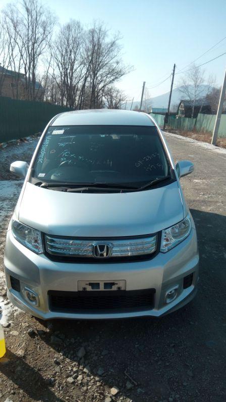 Honda Freed Spike 2014 - отзыв владельца