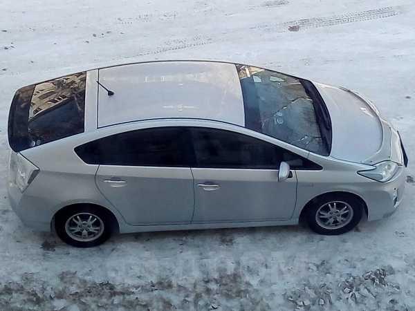 Toyota Prius, 2010 год, 669 000 руб.