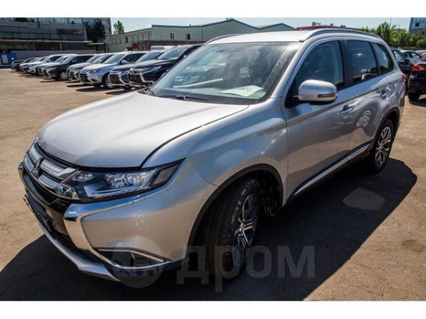 Mitsubishi Outlander, 2018 год, 1 529 000 руб.