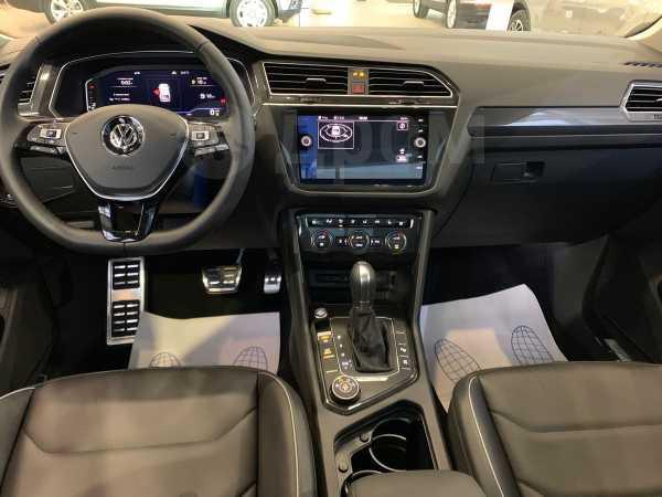 Volkswagen Tiguan, 2018 год, 2 720 500 руб.