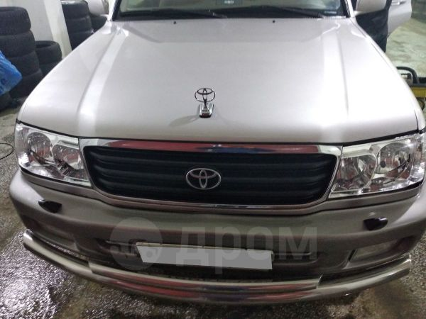 Toyota Land Cruiser, 2000 год, 840 000 руб.
