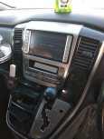 Toyota Alphard, 2003 год, 380 000 руб.