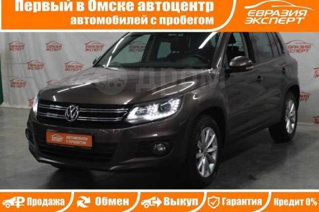 Volkswagen Tiguan, 2015 год, 1 159 000 руб.