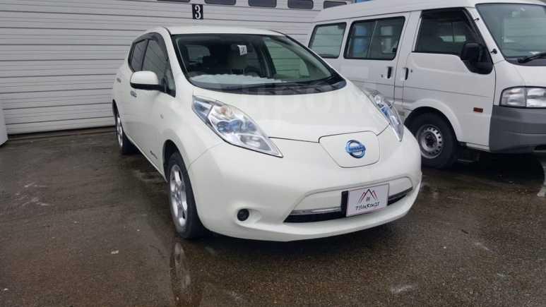 Nissan Leaf, 2012 год, 355 000 руб.