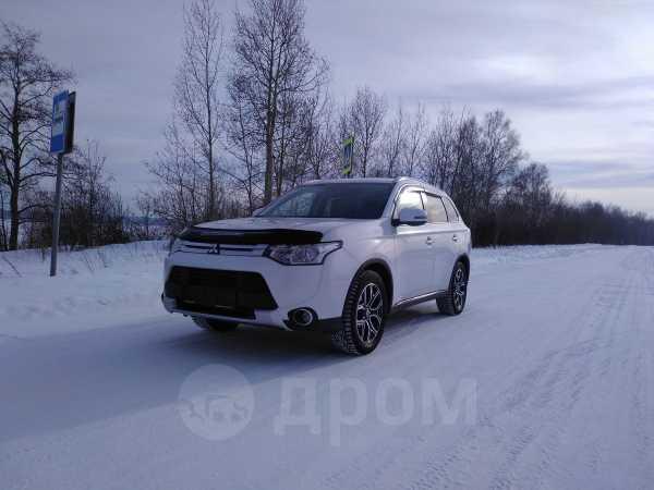Mitsubishi Outlander, 2014 год, 1 165 000 руб.