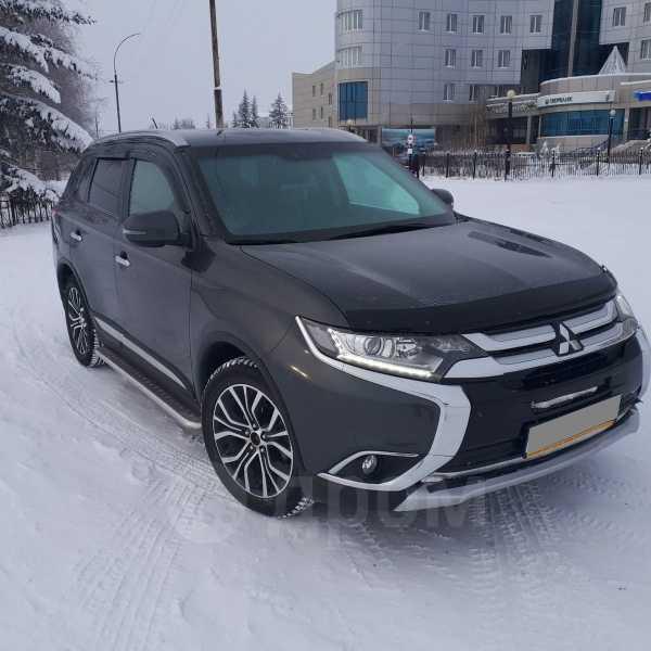 Mitsubishi Outlander, 2015 год, 1 400 000 руб.