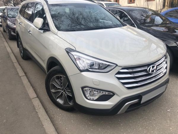 Hyundai Grand Santa Fe, 2015 год, 1 500 000 руб.