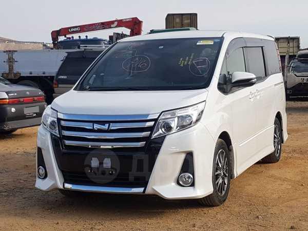 Toyota Noah, 2014 год, 1 455 000 руб.