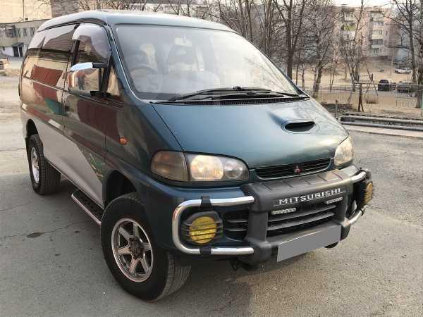 Mitsubishi Delica, 1997 год, 305 000 руб.