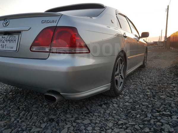 Toyota Crown, 2004 год, 700 000 руб.