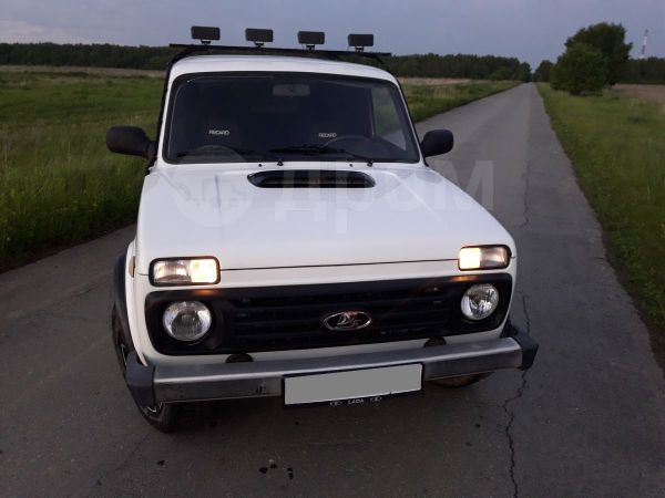 Лада 4x4 2121 Нива, 1997 год, 175 000 руб.