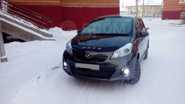 Toyota Vitz, 2011 год, 520 000 руб.