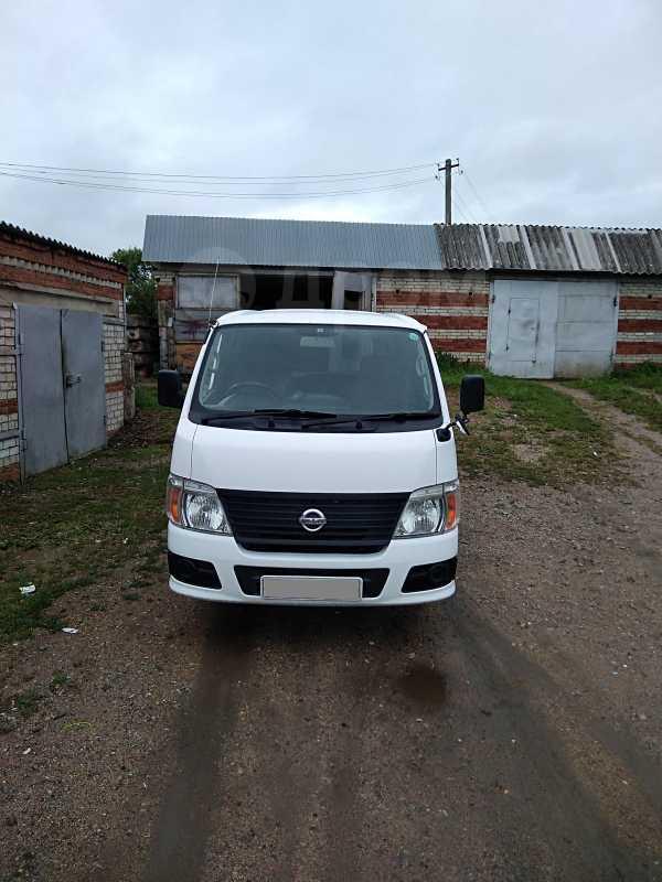 Nissan Caravan, 2009 год, 670 000 руб.