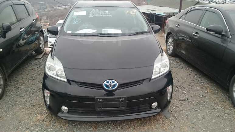 Toyota Prius, 2014 год, 820 000 руб.