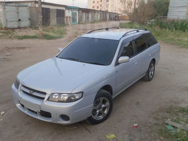 Nissan Avenir, 2005 год, 415 000 руб.