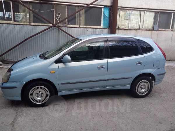 Nissan Tino, 1999 год, 250 000 руб.