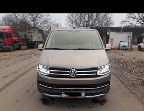 Volkswagen Multivan, 2017 год, 3 700 000 руб.