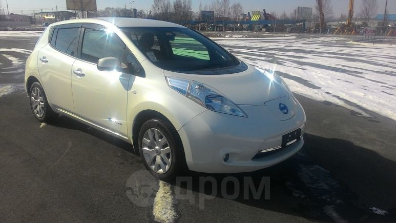 Nissan Leaf, 2015 год, 700 000 руб.