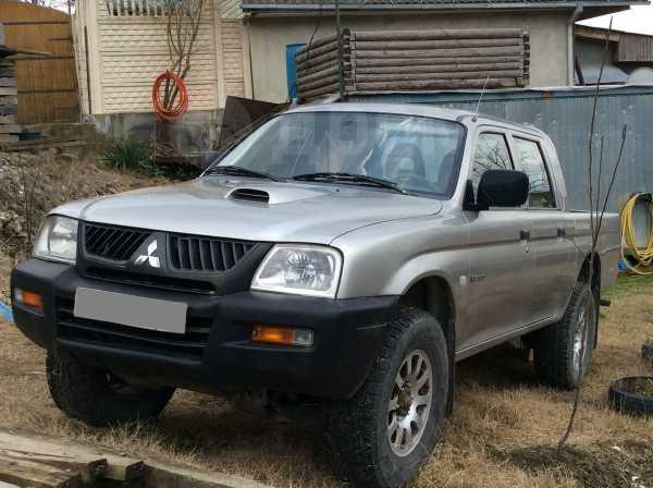 Mitsubishi L200, 2006 год, 450 000 руб.