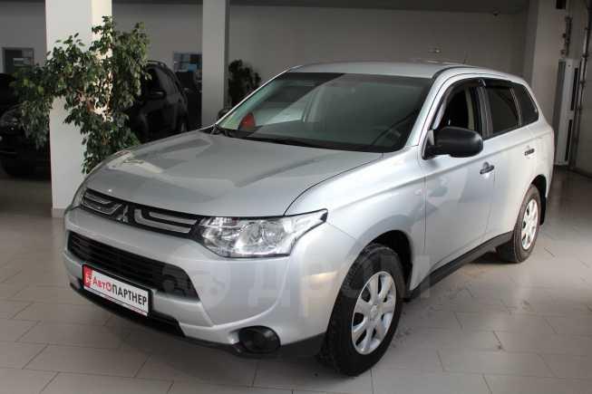 Mitsubishi Outlander, 2013 год, 825 000 руб.