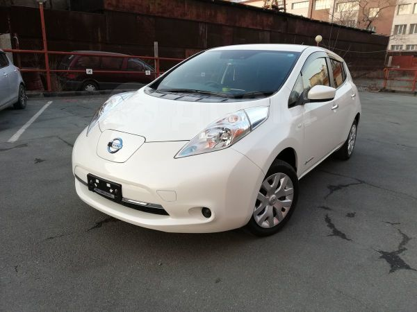Nissan Leaf, 2015 год, 980 000 руб.