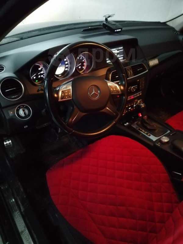Mercedes-Benz C-Class, 2011 год, 910 000 руб.