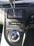 Toyota Prius, 2011 год, 810 000 руб.