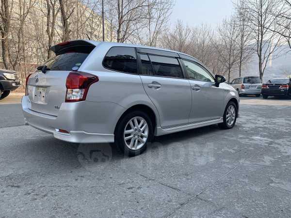 Toyota Corolla Fielder, 2014 год, 810 000 руб.