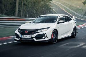 Honda Civic Type R обзаведется гибридным двигателем