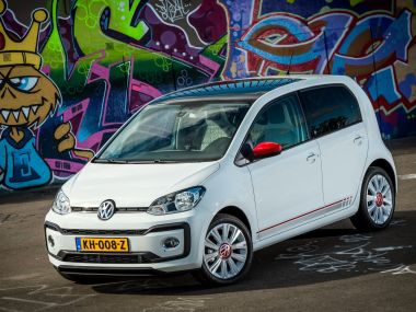Volkswagen: ужесточающиеся экостандарты вытолкнут компактные автомобили с рынка