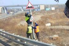 Еще один знак ограничивает скорость до 40 км/ч.