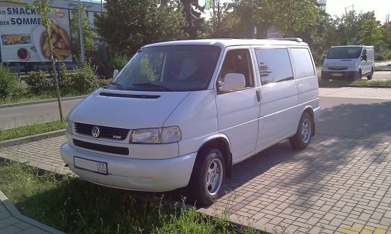 Volkswagen Transporter 2000 - отзыв владельца