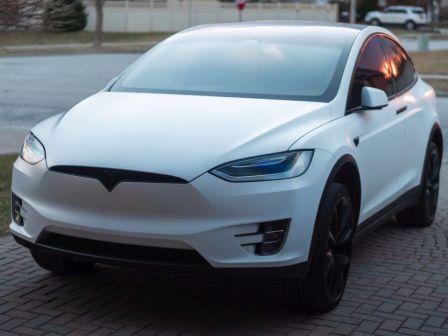 Tesla Model X 2018 - отзыв владельца