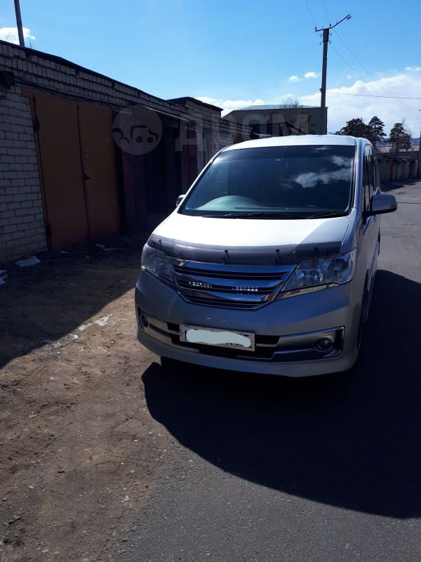 Nissan Serena, 2012 год, 945 000 руб.