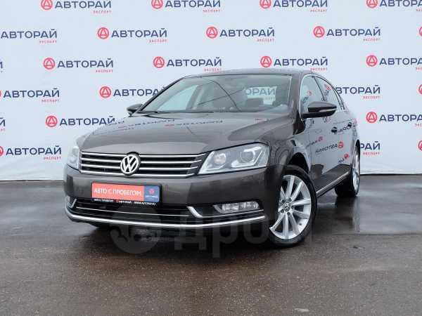 Volkswagen Passat, 2014 год, 890 000 руб.