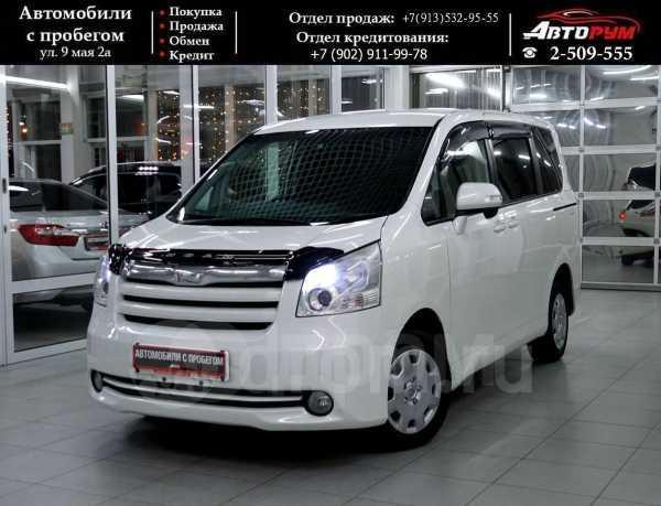 Toyota Noah, 2010 год, 847 000 руб.