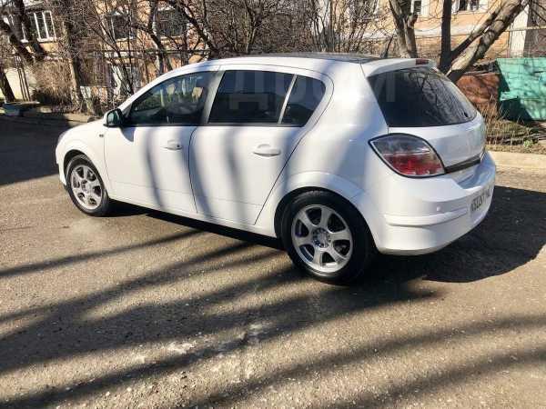 Opel Astra, 2012 год, 425 000 руб.